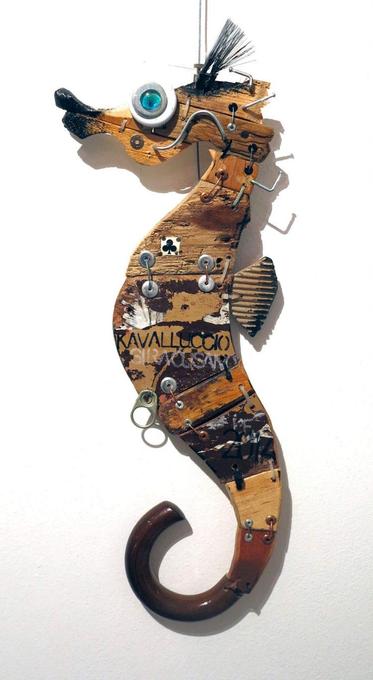 Kavalluccio-siracusano---Altezza-56cm-2014---Tecn-mista-con-materiali-di-riciclo